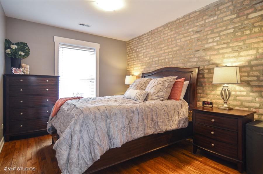 Roscoe Village - 1926 West Roscoe Street Unit 2S, Chicago, IL 60657 - Master Bedroom