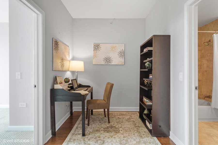 South Loop - 100 East 14th Street Unit 2809, Chicago, IL 60605 - Den