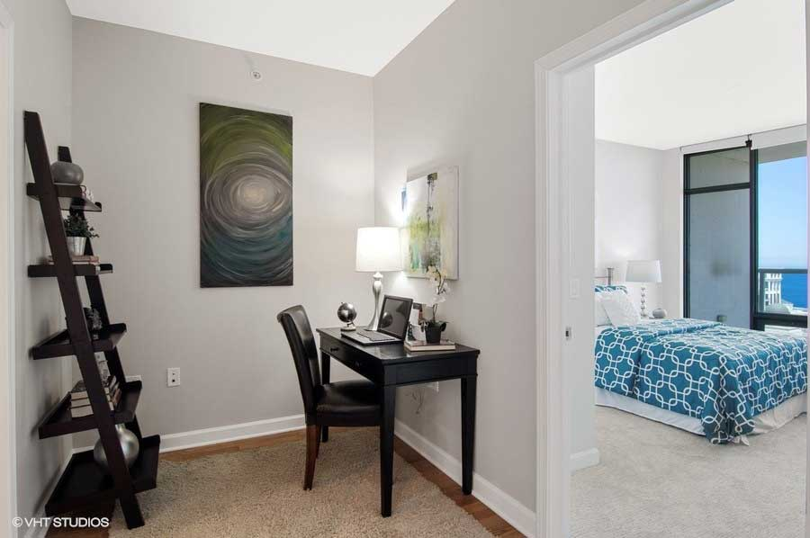 South Loop - 100 East 14th Street Unit 2902, Chicago, IL 60605 - Den