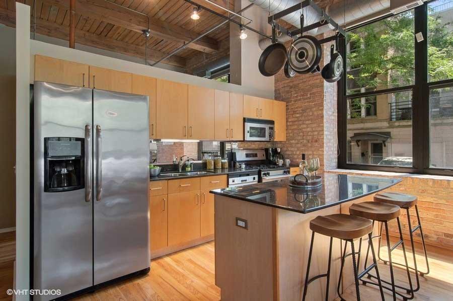 South Loop - 1525 South Michigan Avenue Unit 101, Chicago, IL 60605 - Kitchen